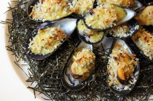 baked mussels with miso500